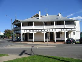 Commonwealth Hotel - Perisher Accommodation