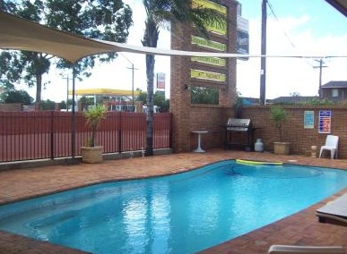 Town And Country Motor Inn Cobar - Perisher Accommodation