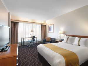 Holiday Inn Sydney Airport - Perisher Accommodation
