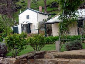 Stoneybank Settlement Cottages - Perisher Accommodation