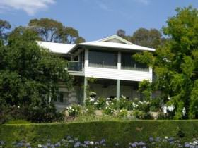 Riverscape Holiday Home - Perisher Accommodation