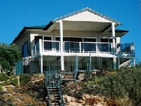 Top Deck Cliff House - Perisher Accommodation