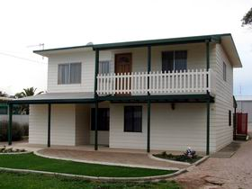 Louth Bay Holiday Apartment - Perisher Accommodation