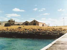 Mt Dutton Bay Woolshed Hostel - Perisher Accommodation
