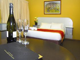 Victoria Hotel - Strathalbyn - Perisher Accommodation