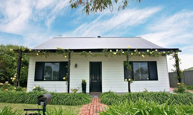 Yoredale Cottage Port Elliot - Perisher Accommodation