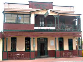 Central Hotel Zeehan - Perisher Accommodation