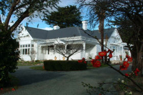 Huonville Guesthouse - Perisher Accommodation