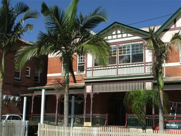 Maclean Hotel - Perisher Accommodation