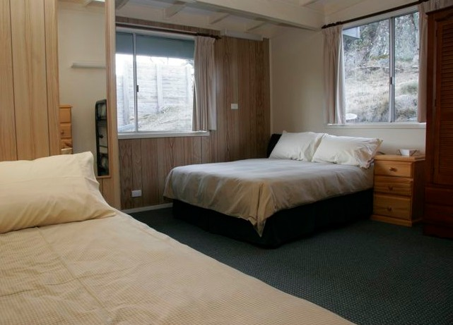 Royal Coachman Ski Lodge - Perisher Accommodation