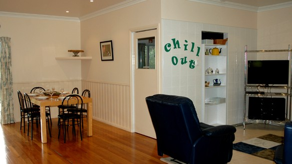 Carrs Hunter Valley Macadamia Farm Guest House - Perisher Accommodation