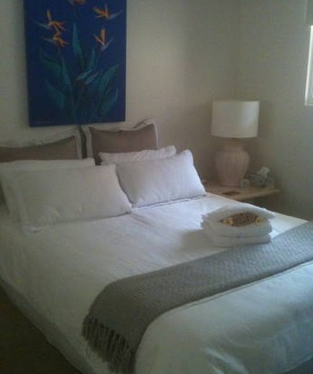 Absolute Beachfront Manly Bed and Breakfast - Perisher Accommodation