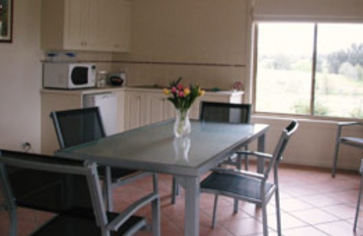 Burns B and B and Yabby Farm - Perisher Accommodation