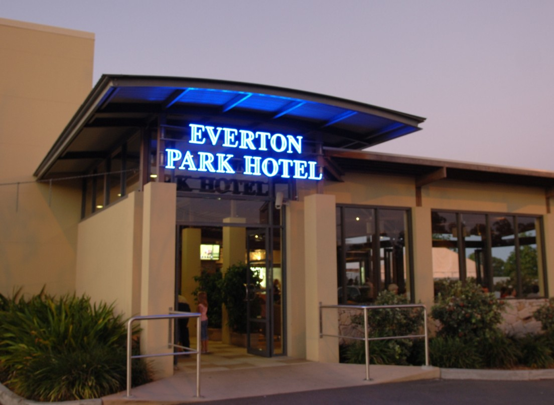 Everton Park Hotel - Perisher Accommodation