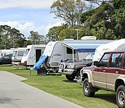 Beachmere Lions Caravan Park - Perisher Accommodation