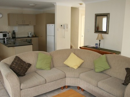 Pacific Sun Gold Coast Holiday Townhouse - Perisher Accommodation
