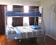 Surf N Sun Beachside Backpackers - Perisher Accommodation