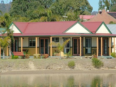 Coachhouse Marina Resort Batemans Bay - Perisher Accommodation