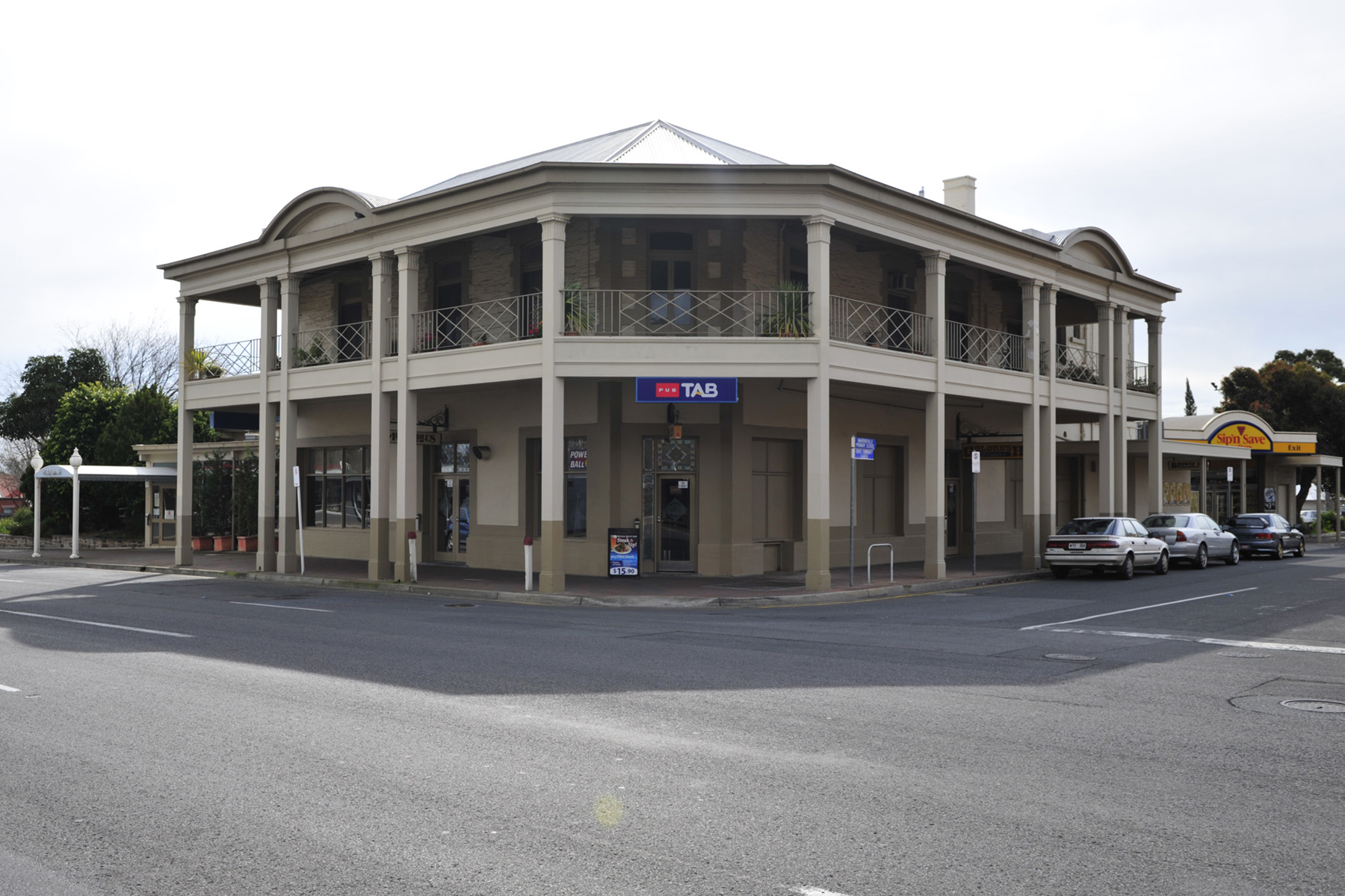 Marryatville Hotel - Perisher Accommodation