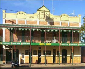 Royal Hotel Coonabarabran - Perisher Accommodation