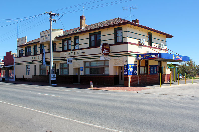 Bullocks Head Tavern - Perisher Accommodation