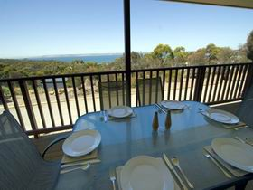 American River Water View Cottage - Perisher Accommodation