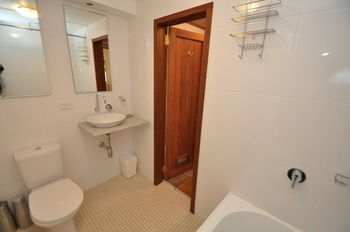 Camperdown 21 Brigs Furnished Apartment - Perisher Accommodation