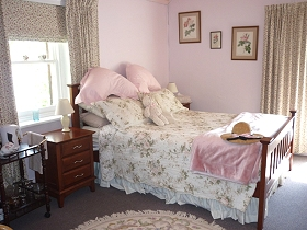 Old Colony Inn Bed and Breakfast  Accommodation - Perisher Accommodation