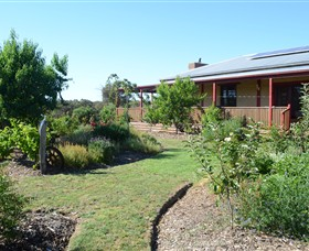 Mureybet Relaxed Country Accommodation - Perisher Accommodation