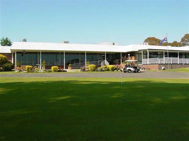 Tenterfield Golf Club and Fairways Lodge - Perisher Accommodation