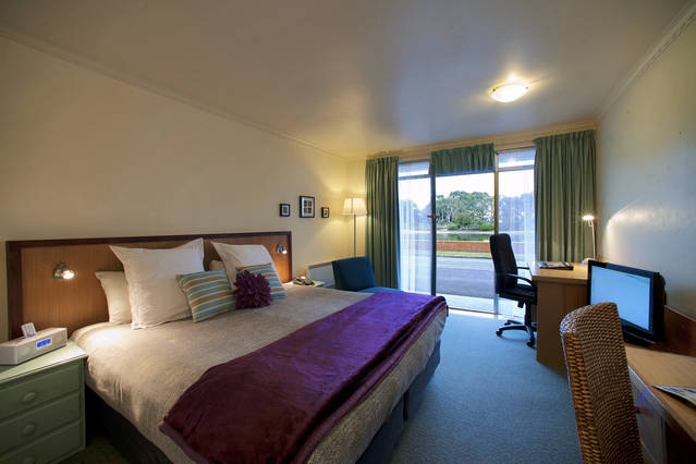 The Waterfront Wynyard - Perisher Accommodation