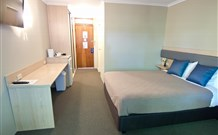 Lakeview Hotel Motel - Oak Flats - Perisher Accommodation