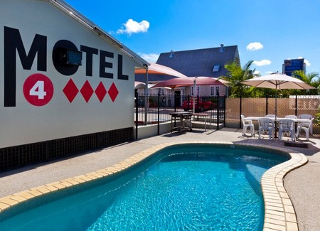 Caboolture Central Motor Inn - Perisher Accommodation