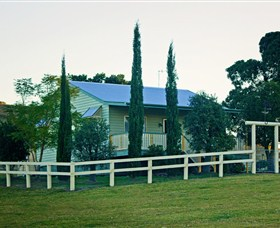 Milford Country Cottages - Perisher Accommodation