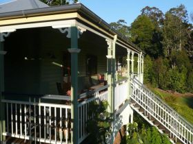 The Sanctuary Springbrook. Guest House / Cottage - Perisher Accommodation