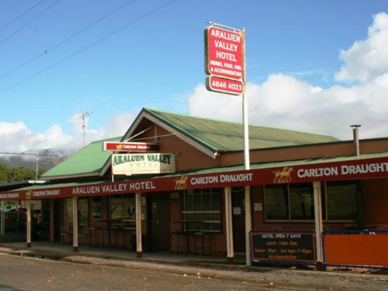 Araluen Hotel - Perisher Accommodation