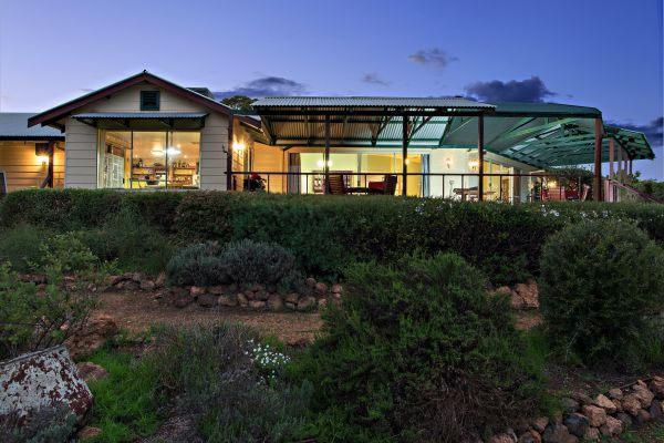 Shambhala Guesthouse - Perisher Accommodation