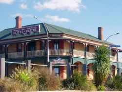 Streaky Bay Hotel Motel - Perisher Accommodation