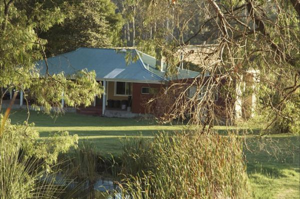 Crystal Springs Homestead - Perisher Accommodation