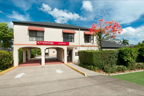 EconoLodge Waterford - Perisher Accommodation