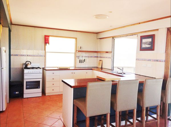 Fowlers Bay Beach House - Perisher Accommodation