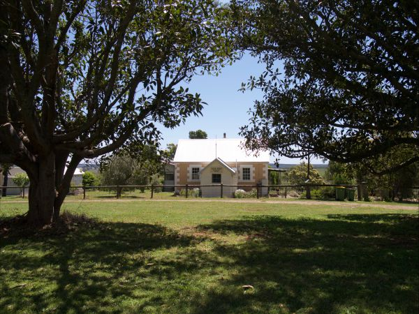 The Old Drik Drik Schoolhouse Retreat - Perisher Accommodation