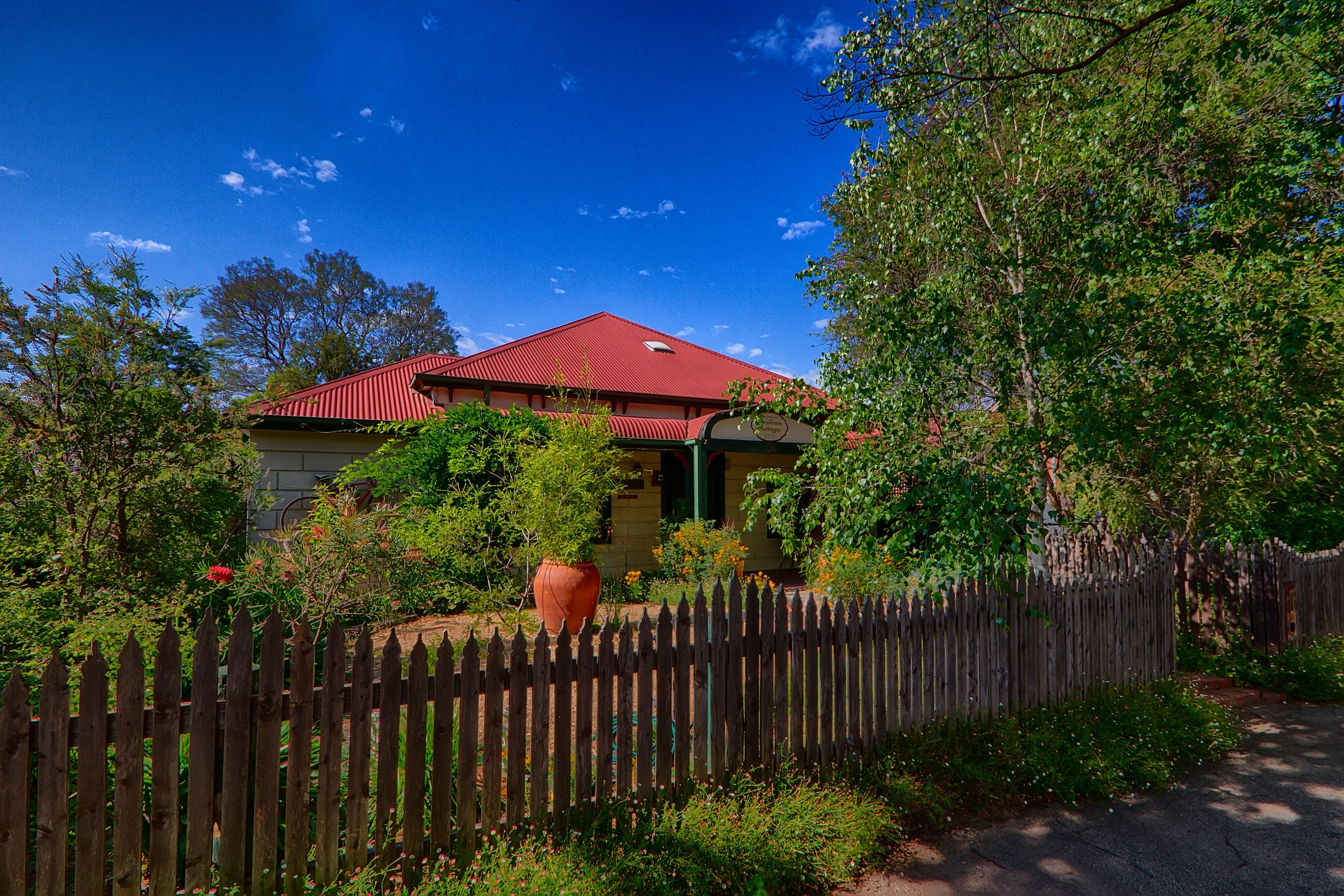 Rushton Cottage BB Private Guest Studio - Perisher Accommodation