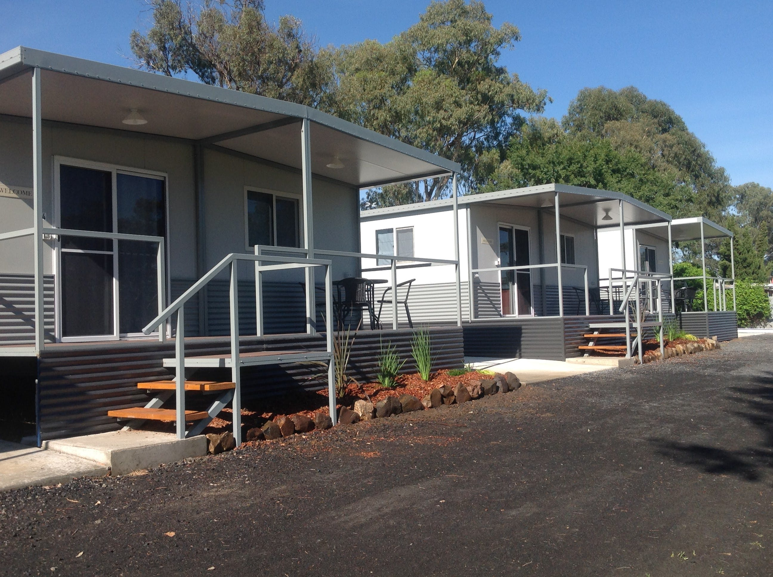 Sapphire City Caravan Park - Perisher Accommodation