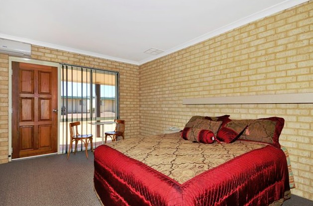 Drakesbrook Hotel Motel - Perisher Accommodation