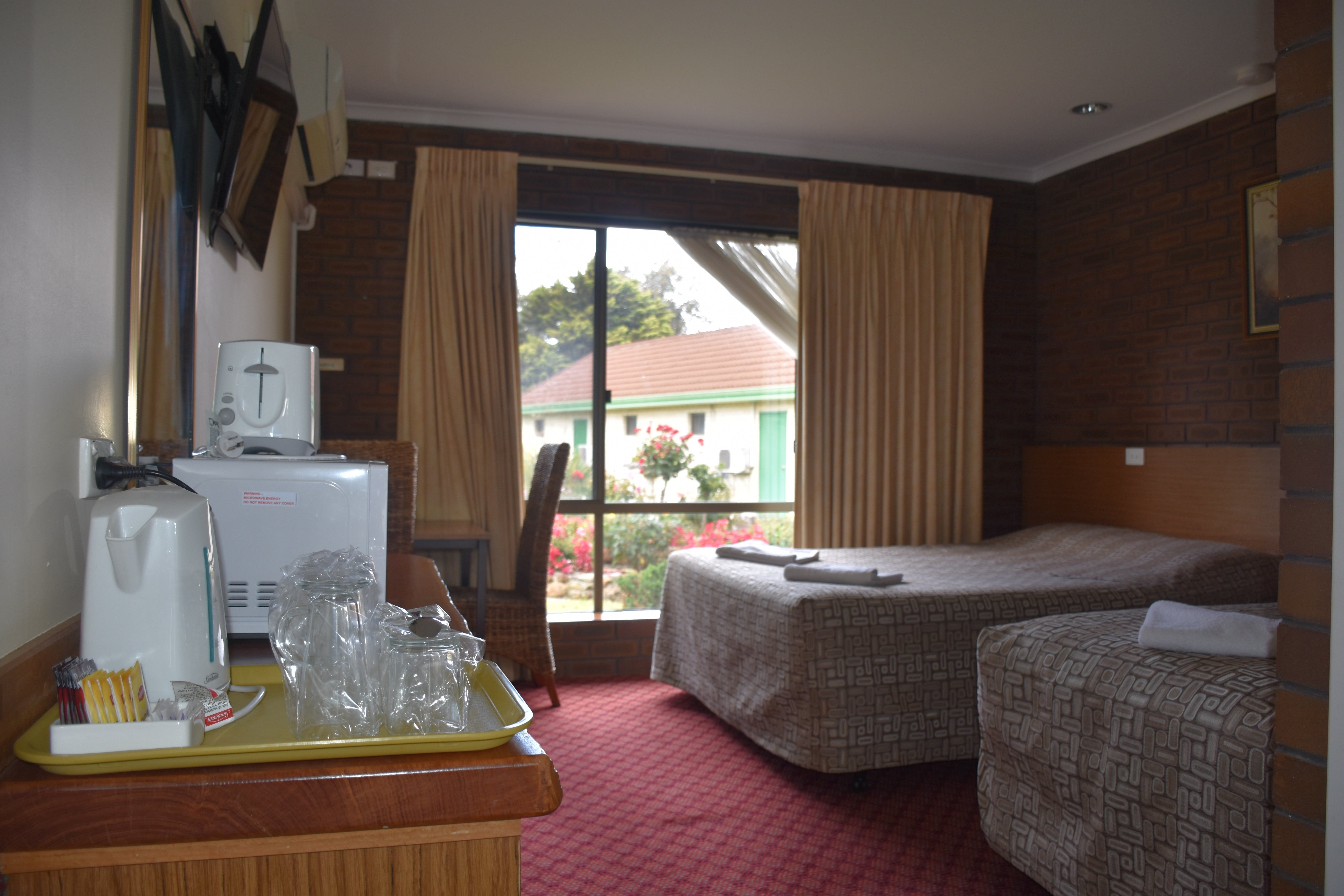 Mount Barker Valley Views Motel and Chalets - Perisher Accommodation