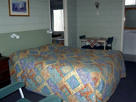 Daylesford Central Motor Inn - Perisher Accommodation