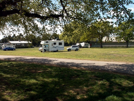 Sale Showground Caravan and Motorhome Park - Perisher Accommodation