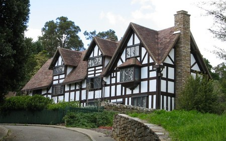 William Shakespeare's Bed  Breakfast - Perisher Accommodation