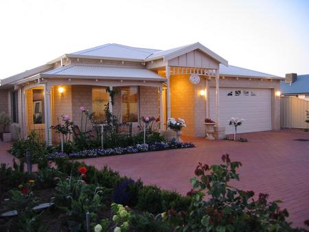 Sussex on Willis Cove Bed and Breakfast - Perisher Accommodation